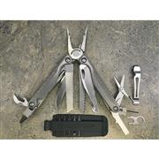leatherman-charge-tti-multi-tool.jpg